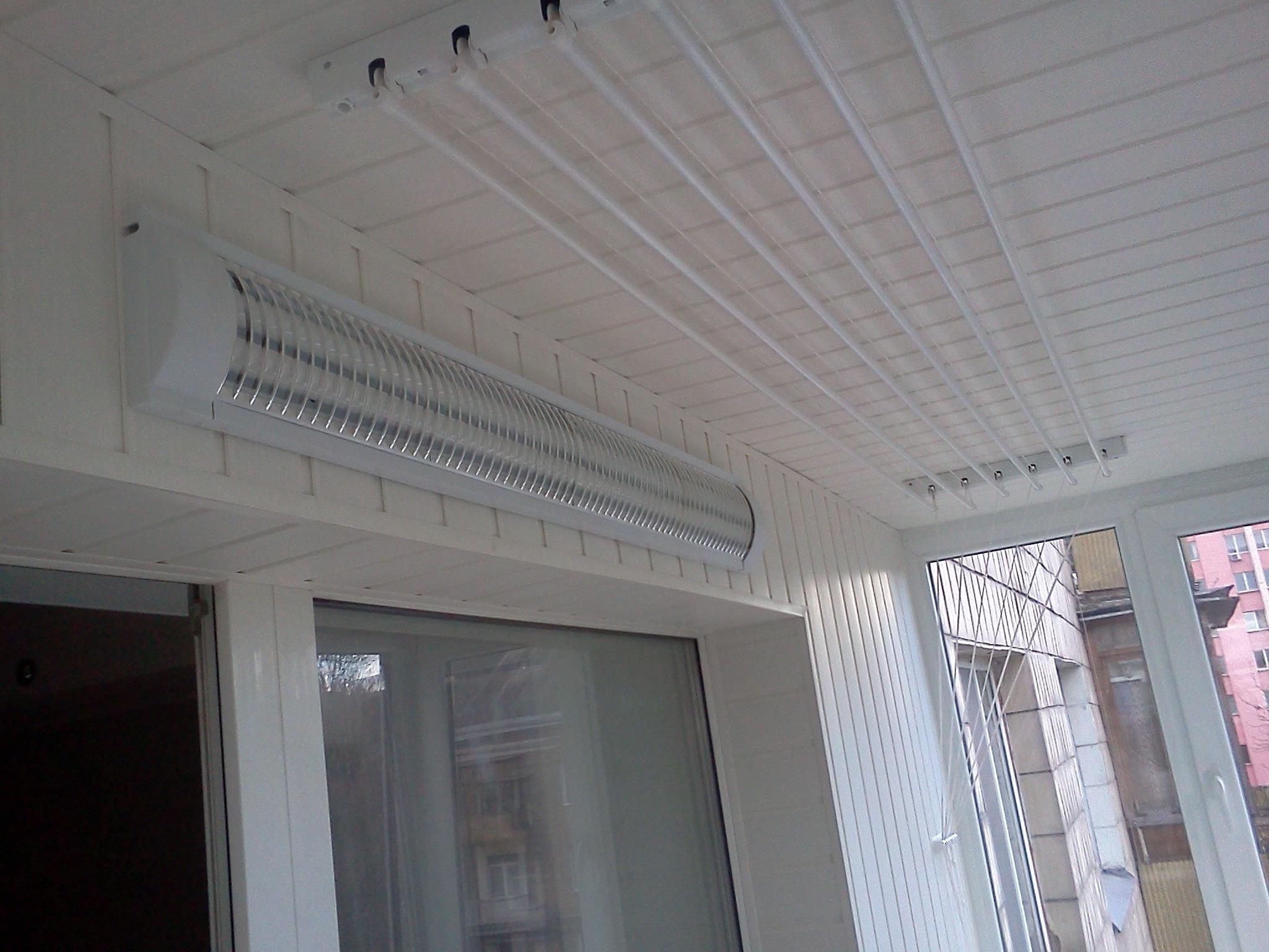Потолочная бельевая сушка на балкон купить.